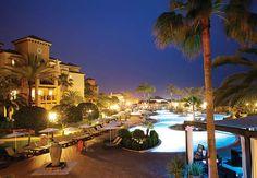 Deléitese con el lujo de los apartamentos de Marbella en España .
