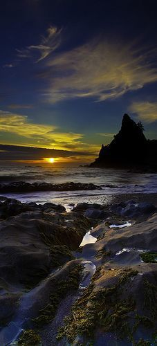 Sunset at Rialto Beach in La Push on the Pacific coast of Washington's Olympic Peninsula • photo: Bern Harrison on …