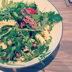 Bon appétit ! . . #blog #sunsee #jour #miromesnil #frenchblogger #paris #salade #salad #dej #dejeuner #food #foodporn #yum #instafood #yummy #instagood #photooftheday #lunch #fresh #tasty #foodie #delish #delicious #eating #foodpic #foodpics #eat #hungry #foodgasm #foods