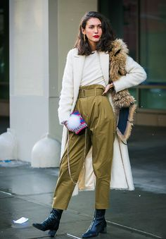 Why the New Minimalistic Fashion Trend Is Anything but Boring via @WhoWhatWearUK