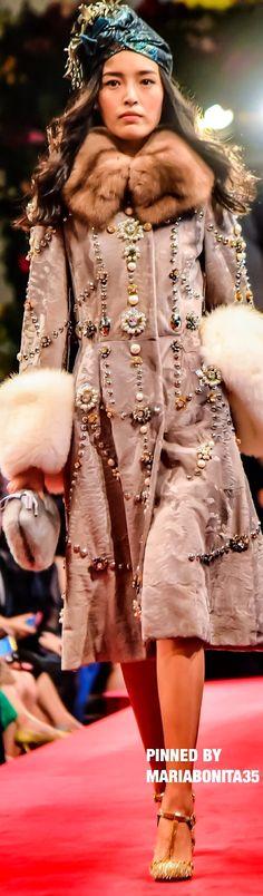 Dolce & Gabbana Fall 2016 Couture Highlights Hong Kong
