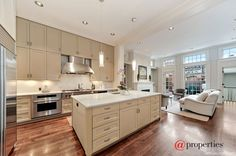 2119 N Clifton Ave, Chicago, IL 60614
