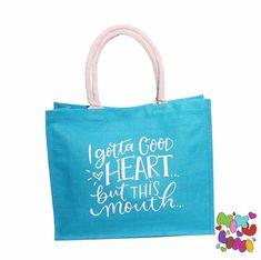 Auf der Suche nach einem Muttertagsgeschenk? Gerne gestalten wir auch dein personalisiertes Muttertagsgeschenk. Einkaufstasche, Jutetasche Good Heart, Burlap, Reusable Tote Bags, Chanel, Scrappy Quilts, Grandma And Grandpa, Personalized Gifts, Cuddling, Searching