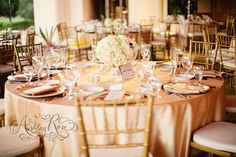 Gold Inspiration: Romantic Rose Gold Wedding