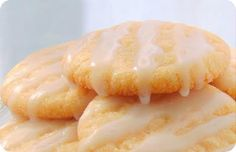 Peaches & Cream Cookies - uses jello mix and instant pudding mix