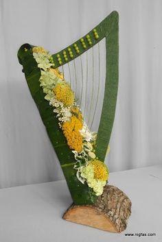 Flower show Beverly Stevenson Funeral Floral Arrangements, Creative Flower Arrangements, Art Floral, Deco Floral, Church Flowers, Funeral Flowers, Ikebana, Flower Show, Flower Art