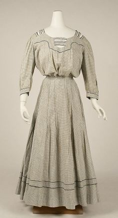 Dress  Date: ca. 1910 Culture: American Medium: linen  Metropolitan Museum of Art   Accession Number: 1981.380.3a, b