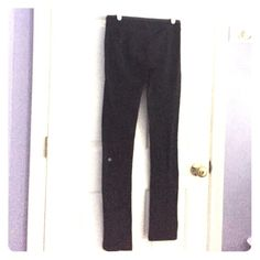 Lululemon Athletica Straight Leg Yoga Pants Great used condition, some visible pilling and wear from the wash. Straight leg, not leggings, loose at the ankles, very flattering! Tag was removed to wear reversible. Size 6, which is a size small for lululemon. Has a gray band at the waist. Comes from a smoke free home! lululemon athletica Pants Straight Leg