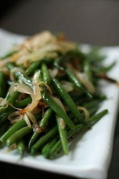 Green Beans with Caramelized Onions: Thanksgiving Recipe #12   Week of Menus