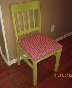 Cute avocado colored chair and hot pink houndstooth cushion.  Shabby Chic, Distressed furniture.