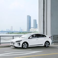 Find the beauty of the city through IONIQ electric - 도심과 어우러지는 아이오닉 일렉트릭! - #urban #coloryourlife #citylife #bridge #Hangang_River #driving #carsofinstagram #car #IONIQ #IONIQ_electric #Hyundai