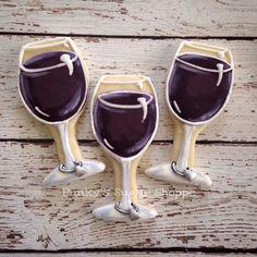 Glass of Wine Cookies Wine Cookies, Iced Sugar Cookies, Fancy Cookies, Cut Out Cookies, Cookie Icing, Royal Icing Cookies, Cupcake Cookies, Flower Cookies, Cookie Designs
