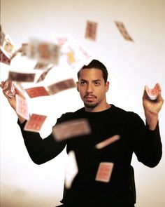 David Blaine 'electrified' by one million volts US Magician David Blaine stands under lighting bolts at the start of his latest performance,