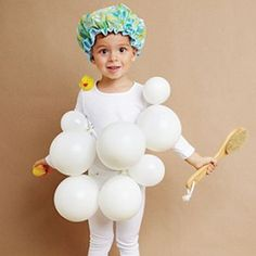 Check out these easy Halloween costume ideas, using 5 or fewer items (that you probably already have)!