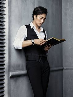 Happy birthday to the sexy So Ji Sub!