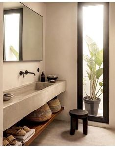 70 Gorgeous Studio Apartment Bathroom Remodel Ideas - Home Dekor Rustic Bathroom Vanities, Bathroom Interior, Home Interior, Shower Bathroom, Vanity Bathroom, Design Bathroom, Small Bathroom, Master Bathroom, Mint Bathroom