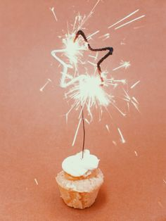 Champagne cupcakes with sparklers
