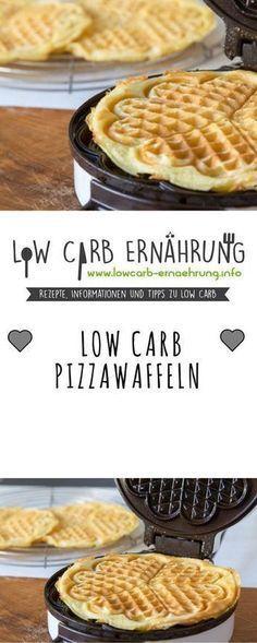 Low Carb Rezept für leckere, herzhafte Pizzawaffeln mit wenig Kohlenhydraten. Low Carb und einfach und schnell zum Nachbacken. Perfekt zum Abnehmen.