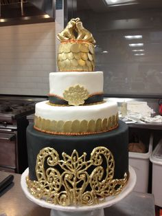 Black + Gold Bollywood inspired wedding cake