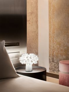 The botanical cordless table lamp, complete with rechargeable batteries, can be easily moved from place to place bringing soft illumination Cordless Table Lamps, Elegant Centerpieces, Applique, Table Settings, Patio, The Originals, Places, Interior, Lounges