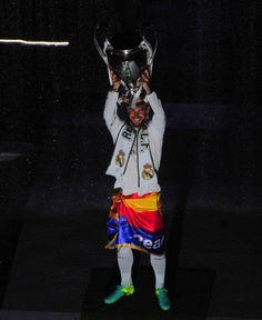 Real Madrid Players, Best Football Team, Soccer, Celebrities, Fictional Characters, Sergio Ramos, Santiago, Life, Futbol