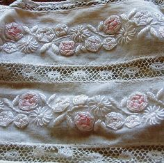 French vintage embroidery and lace child's collar from FRENCHMARKETFINDS