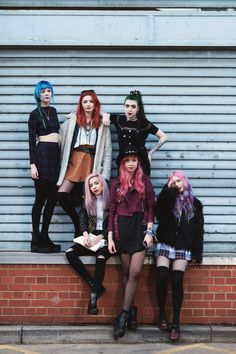 Girl Gang  #pinkhair #evanyc #evahairnyc #girlgang #evagirl #evaitgirl