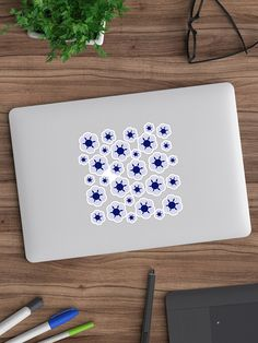 """""""Blue Daisies"""" Sticker by cool-shirts 