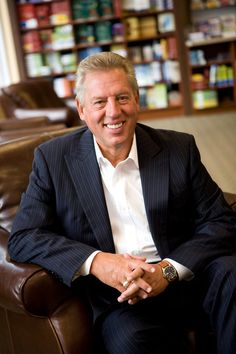 John C. Maxwell is a Christian author and his books on leadership are very inspirational and a great guide for teachers, fathers, pastors, and Business men to use.