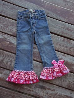 "Girls Valentines Day ""LOTS-O-HEARTS""  ruffle jeans  in sizes  6-12-18-24 mth  2-3-4-5-6-7-8"