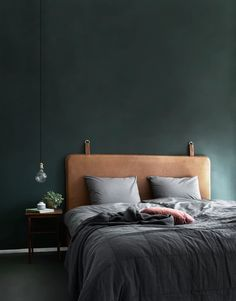 18 Elegant Bedroom Makeover Ideas With Small Budget Bedroom Green, Home Bedroom, Bedroom Decor, Bedroom Ideas, Design Bedroom, Bedroom Modern, Contemporary Bedroom, Danish Bedroom, Green Bedrooms