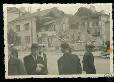 zdjęcie zniszczonego we wrześniu 1939 narożnika na skrzyżowaniu Nowa-Przystankowa