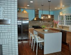 Kitchen Light Thomasville Kitchen Cabinets Outlet Appealing In I