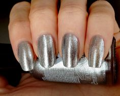 Manicure with Sally Hansen Xtreme Wear Celeb City