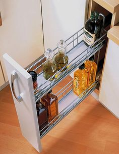 accessories bedroom Kitchen drawer systems to equipment your kitchen Source by interldecor Kitchen Room Design, Kitchen Cabinet Design, Kitchen Sets, Home Decor Kitchen, Interior Design Kitchen, Home Kitchens, Kitchen Rustic, Kitchen Drawer Pulls, Kitchen Drawers