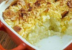 Funeral potatoes: This is the most famous and maligned Utah recipe besides Jell-O salad, but it's a cherished part of many Mormon family menus. Potato Side Dishes, Vegetable Dishes, Potato Recipes, Vegetable Recipes, Amish Recipes, Cheese Recipes, Easy Recipes, 12 Tomatoes Recipes, Party Potatoes