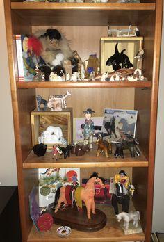 Birds, horses and more! Display Ideas, China Cabinet, Liquor Cabinet, Birds, Horses, Storage, Furniture, Home Decor, Art