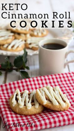 If you like Cinnamon Rolls you have to try these Cinnamon Roll Cookies. They have the delicious cinnamon flavor and cream cheese icing in a cookie form. Keto Cookies, Cookies Sans Gluten, Dessert Sans Gluten, Cookies Et Biscuits, Shortbread Cookies, Chip Cookies, Diabetic Cookies, Low Carb Sweets, Low Carb Desserts