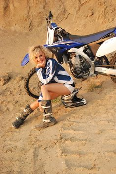 Dirt Bike Babes | Shara Lee's Photos: Dirt Bikes are FOR GIRLS!!!