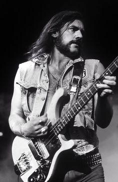 Motörhead's Lemmy Kilmister: 1945–2015   Premier Guitar