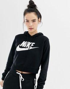 Buy Nike Black Cropped Hoodie at ASOS. Get the latest trends with ASOS now. Black Nike Hoodie, Nike Cropped Hoodie, Nike Sweatshirts Hoodie, Nike Hoodies For Women, Nike Women, School Looks, Pull Sweat, Stylish Hoodies, Hoodie Outfit