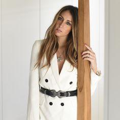 @ElisaTaviti in white and Rosato
