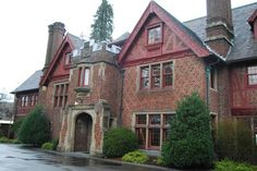 """A tour of the famed """"Weyerhaeuser Mansion."""""""