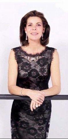 Ernst August, Monaco Royal Family, S Girls, Italian Style, Princesses, Royalty, Chanel, App, Elegant