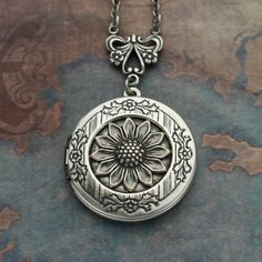 Silver Sunflower Locket Necklace Sunflower by TheEternalLocket Sunflower Ring, Sunflower Jewelry, Jewelry Box, Jewelry Watches, My Signature, Locket Necklace, Sunflowers, Pocket Watch, Stones