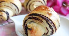 I read this recipe from Kristy . I really admire the chocolate layers in between the bun.   With the homemade paste recipe provided I ha...