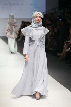 Hijab Evening Dress, Hijab Dress Party, Hijab Wedding Dresses, Hijabi Gowns, Wedding Abaya, Islamic Fashion, Muslim Women Fashion, Abaya Fashion, Fashion Dresses