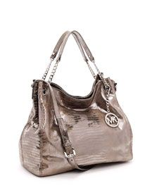 Love this Michael Kors bag