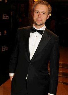Armin Van Buuren! < he looks proper good with the facial fur ;)
