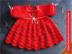 Very beautiful red dress for a little girl. Delicate patterns to crochet baby holiday dress Baby Knitting Patterns, Crochet Baby Dress Free Pattern, Baby Sweater Knitting Pattern, Knit Baby Dress, Crochet Baby Clothes, Newborn Crochet, Baby Patterns, Dress Patterns, Crochet Patterns